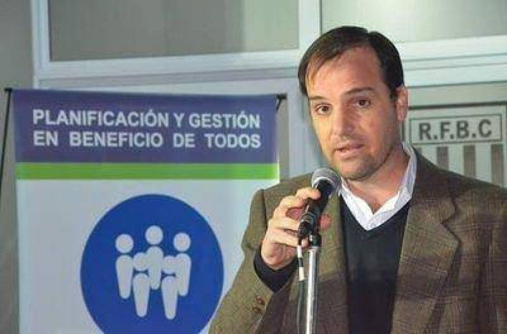 """Reynoso pidió en sesión extraordinaria del Concejo Deliberante: """"queremos frenar que se siga con la apertura de brechas"""""""
