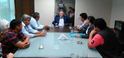 Gildo Infrán no recibió a representantes de los vecinos de Ingeniero juarez que vinieron con el intendente Nacif y algunos concejales del PJ