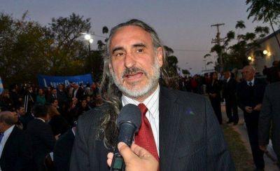 """Basterra acusó a su par Naidenoff de ser predicador del odio"""""""