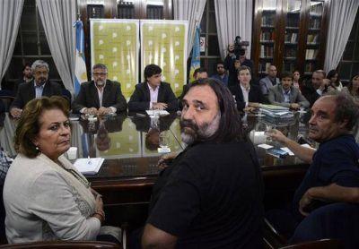 Vidal y los docentes se encaminan a un posible arreglo luego de una nueva oferta