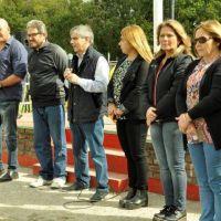 Inicio de las jornadas recreativas interescolares en el Polideportivo Municipal