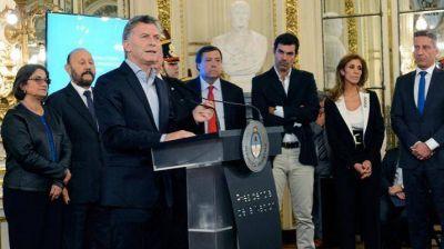 Macri y Claudia de Zamora firmaron acuerdo por la modernización del Estado