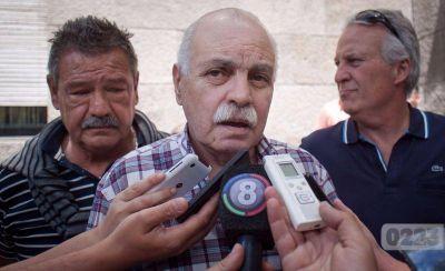 Licencias truchas: el sindicato pide que Arroyo dé marcha atrás con la cesantía de empleados municipales