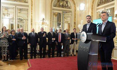 Colombi suscribió acuerdo con Macri, mientras espera una nueva visita oficial