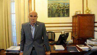 El jefe de la Aduana, Gómez Centurión, está internado en coma inducido