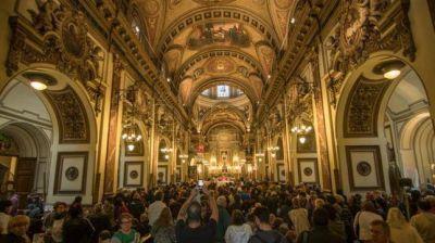 Una multitud celebró el día de San Expedito, el patrono de las causas justas y urgentes