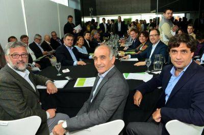 Los ministros de Vidal acordaron 15 mil ingresos a planta permanente