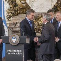 Das Neves participó de la firma del Acuerdo Federal Energético encabezado por Macri