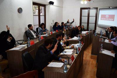 Diputados y el Concejo repudiaron los despidos en Radio Nacional