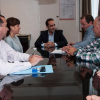 Tagliaferro firmó el acuerdo paritario para empleados municipales