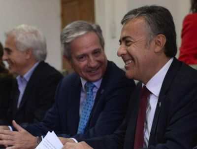 Cornejo festeja: la Procuración avaló el ítem Aula