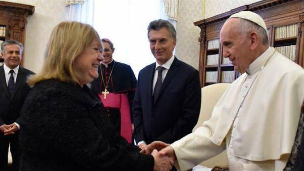 Malcorra se reunió con la dirigencia de la UE y hoy verá al Papa