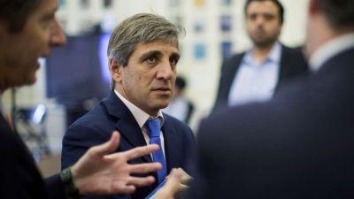 Caputo dice que los préstamos multilaterales son récord y que el país pedirá más