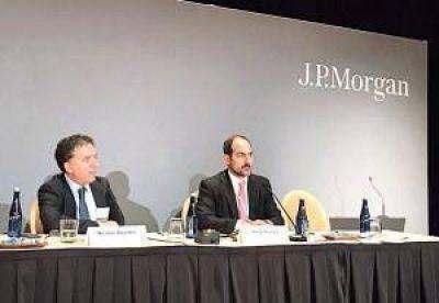 """Dujovne: """"No podemos tener el dólar que necesita un solo sector como la industria"""""""