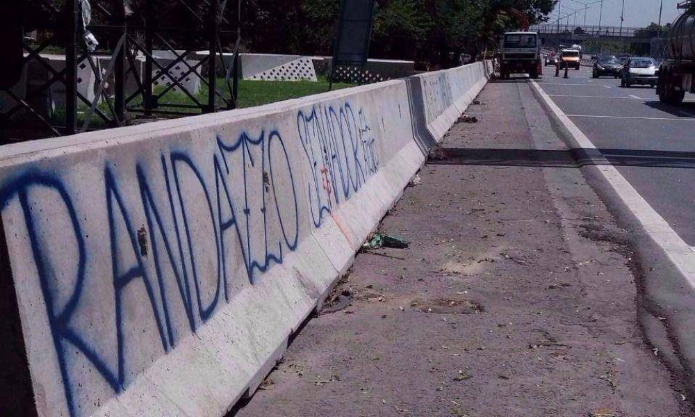 Los de Randazzo se le plantan a Espinoza en La Plata