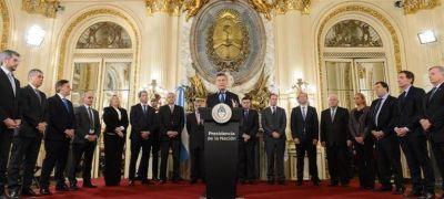 Macri firmó acuerdo energético con gobernadores y dijo que espera inversiones por u$s 20.000 millones al año