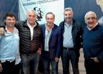 Fuerte respaldo de la Perón Vive a Oscar Vaudagna