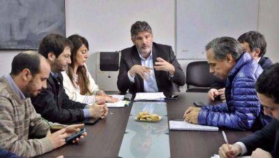 """Oscar Negrelli, ácido con un sector de la oposición: """"Al peronismo lo une el espanto"""""""
