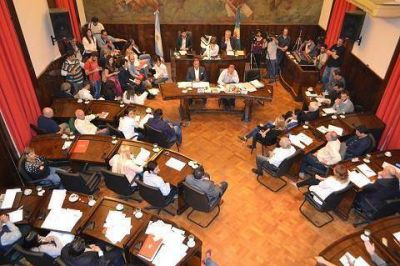 Sin Tagliaferro, funcionarios del ejecutivo de Morón respondieron por el SAE
