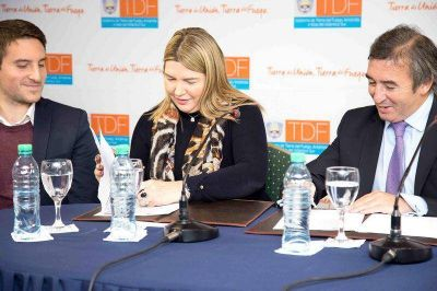 """Bertone: """"Queremos consolidar una política concreta de reinserción social"""""""
