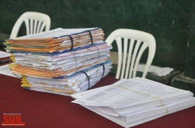 Más de 500 familias firmarán y recibirán las escrituras de sus hogares