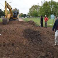 Salomón observó trabajos de movimiento de suelo previo al pavimento