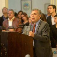 Cornejo acusó a los privados y al IPV de