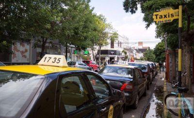 Al menos 100 taxis empezarán a cobrar con tarjetas de crédito y débito