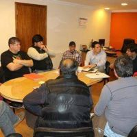Taxistas y remiseros acuerdan una mesa para analizar las condiciones del servicio que brindan