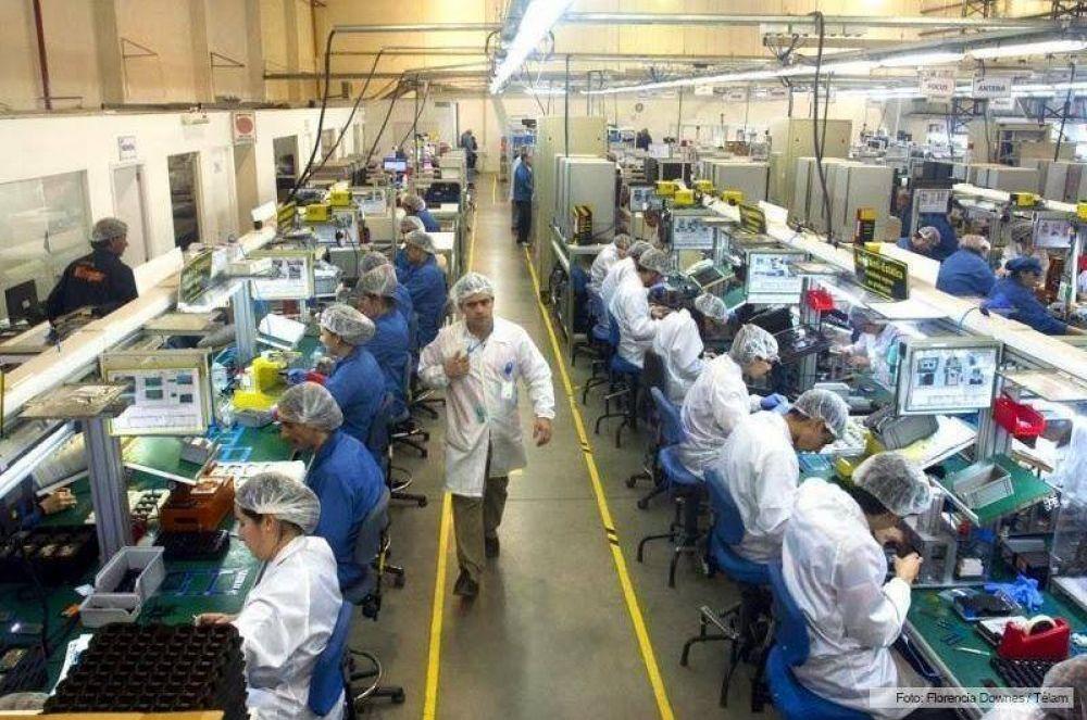 Trabajadores fabriles de Río Grande recibirán una suma no remunerativa de 16.500 pesos
