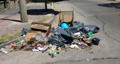 Microbasurales, una problemática que se recicla en el barrio Los Andes