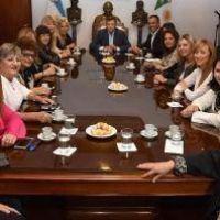 El gobernador se reunió con senadoras y diputadas peronistas para analizar el panorama provincial