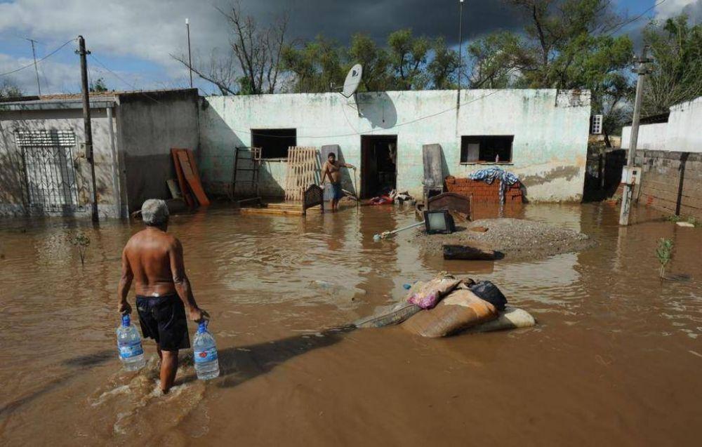 """Una comisión creará un """"plan maestro"""" por las inundaciones"""