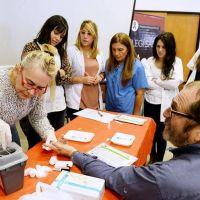San Fernando capacitó a su personal de Salud para testeos rápidos de VIH
