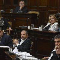 Debaten la reforma electoral y todos miran a dos 'rebeldes'