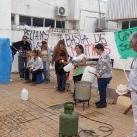 Olla popular en la clínica Juan Pablo de Ramallo