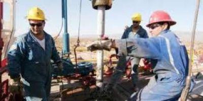 Petroleros de Santa Cruz van al paro por salarios y suspensiones