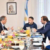 Menéndez firmó el convenio