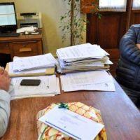 Torta en mano UOCRA reclamó un año de un acuerdo no cumplido