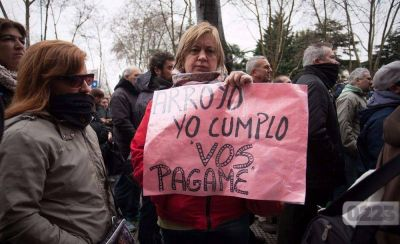 Arroyo sigue el manual de Vidal para negociar con el STM