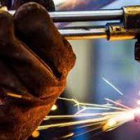 Empresarios metalúrgicos subieron su oferta salarial del 18 al 20%, aún lejos del 30% reclamado por la UOM