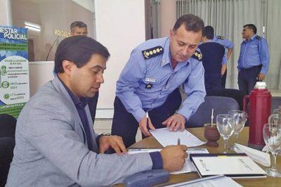 El Gobierno acordó aumento salarial para la Policía del Chubut