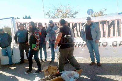 Manifestación de Sutcapra en el Carrefour de Villa Italia