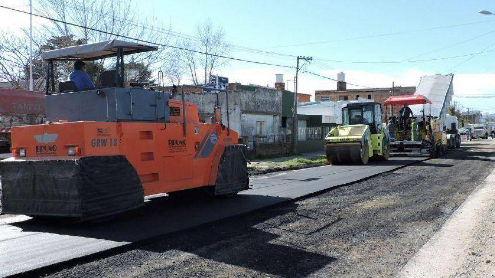 Más de 10 millones para repavimentación en distintos barrios
