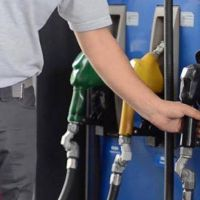 YPF deslizó un plan para arreglar con los estacioneros