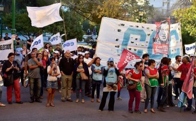 """Organizaciones sociales y gremios contra el modelo macrista: """"es capitalismo salvaje, de muerte"""""""