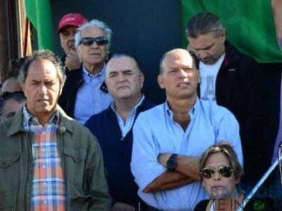 """Scioli en el acto del Día del Trabajador en Baradero: """"la primera etapa fue el ajuste, la segunda es el ajustazo"""""""