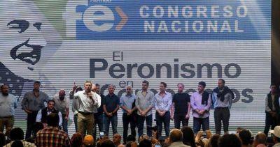 """Entre la marcha peronista y el """"Sí se puede"""", Venegas y Macri tuvieron su 1° de mayo"""