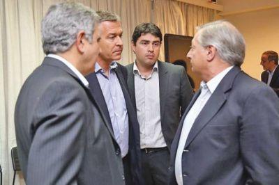 """Rocha: """"El acuerdo petrolero en tiempos de crisis es posible con el aporte de todos"""""""