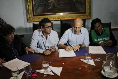 Con importantes anuncios, Ducoté firmó el Convenio Colectivo de Trabajo